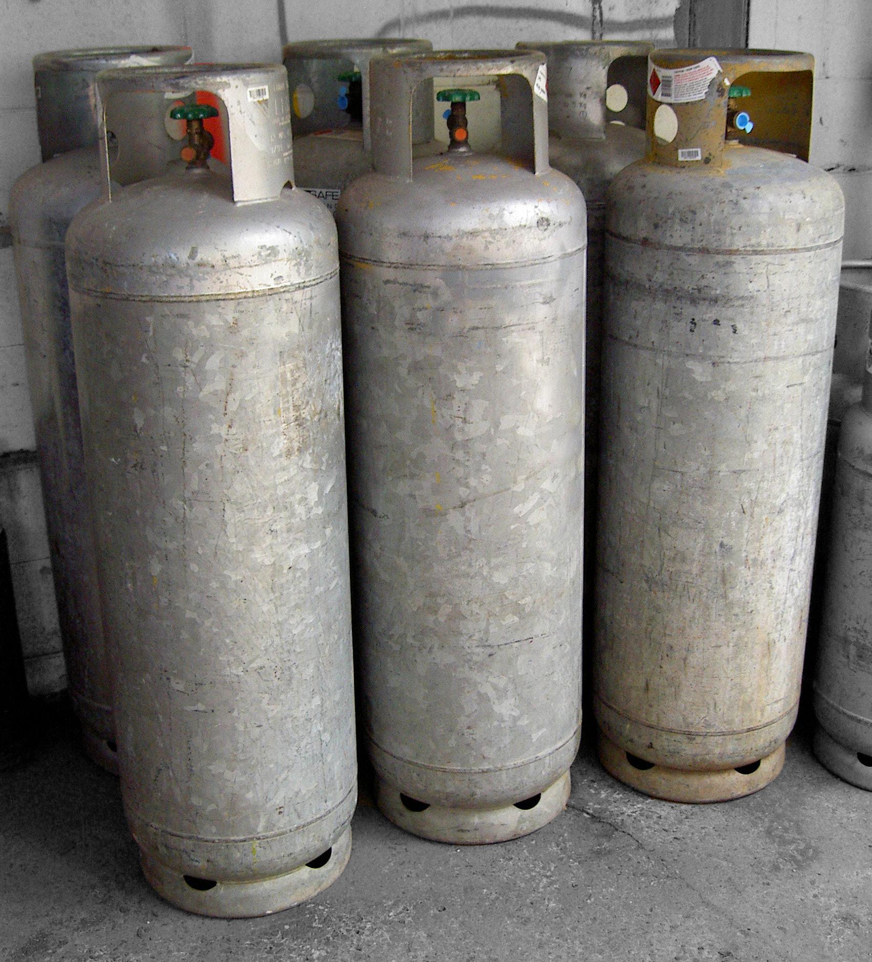 LPG 45kg/75ltr CYLINDER CLASS 2.1 UN No.1075 PETROLEUM GASES, LIQUEFIED Supagas